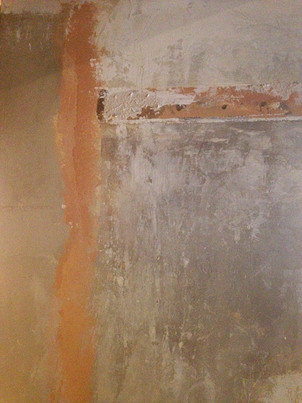 Distressed wall painting