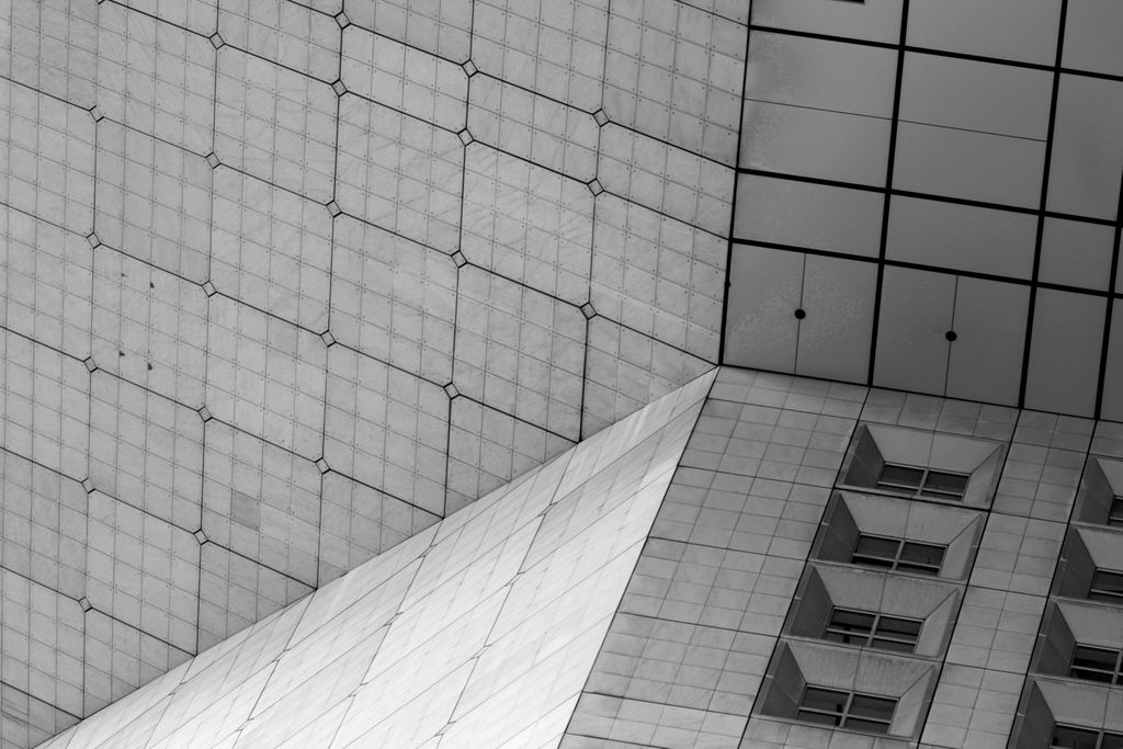 La Defense Arch B&W 2