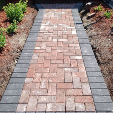 Brick-pavers-with-suitable-driveway-pave