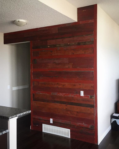 RED-feature-wall1-768x960.jpg