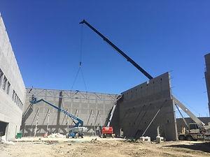 Crane service for construction