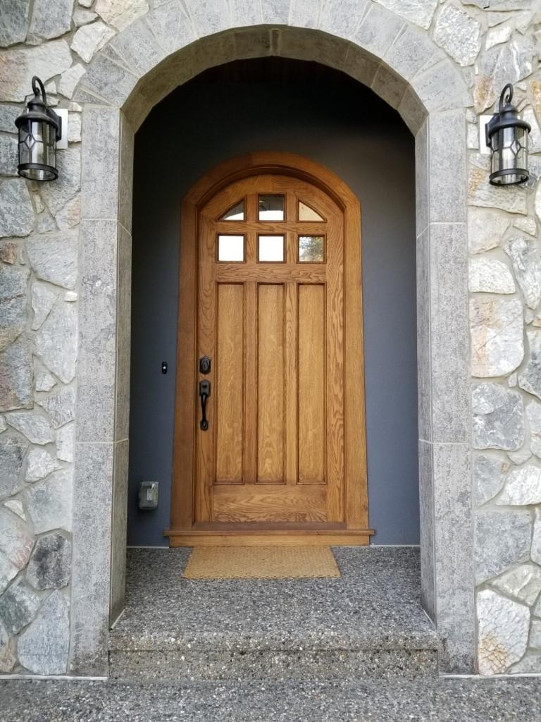 CUSTOM EXTERIOR AND INTERIO DOORS