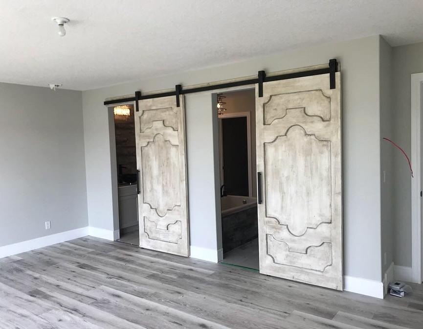 Vintage inspired barndoors