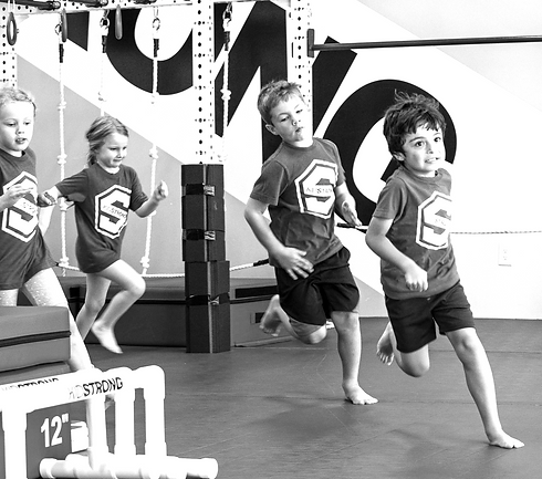 KidStrong_08102021-18 bw.png