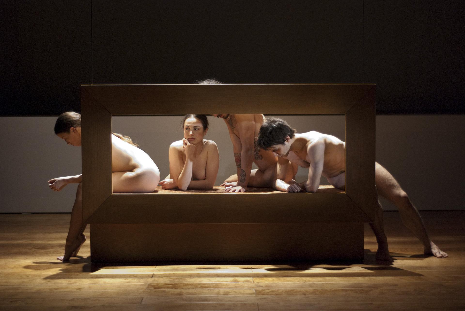 Grâce à Dieu ton corps (2012)