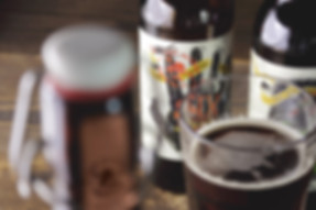 Креативный дизайн упаковки Last Incident Brewing Company для пива шестипалый лагер от ZBS BRANDS.