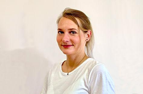 Rebecca Parzinger Ärztin in Weiterbildung zur Fachärztin für Allgemeinmedizin