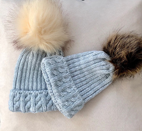 Large Cable Knit Fluffy Pom Pom Hat