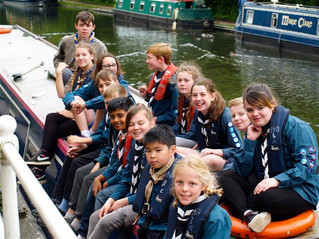 Scouts go Narrow-boating