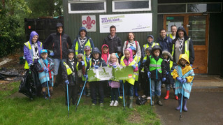 Scouts pick up in Park Street for Community Week