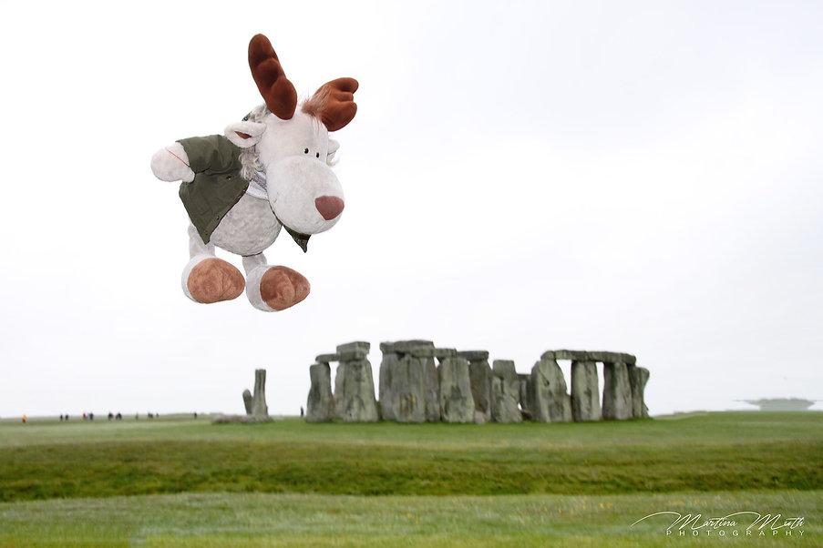 Flying Nikki over Stonehenge