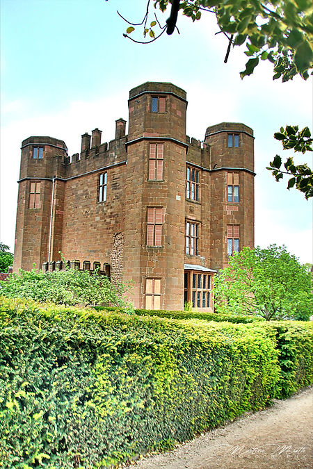 Leicesters Gate, Kenilworth Castle