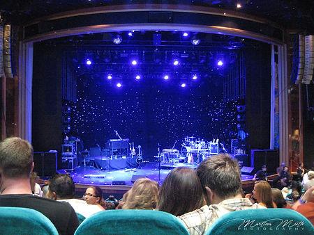 dasStardust Theater auf der Norwegian Pearl