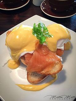 Egg Benedict mit Lachs