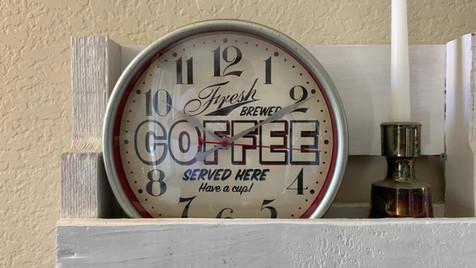 Clock Dissolve.MOV