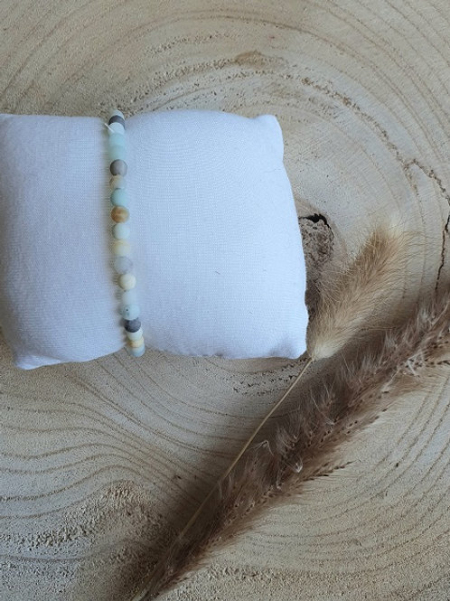 Armband frosted Amazoniet kralen
