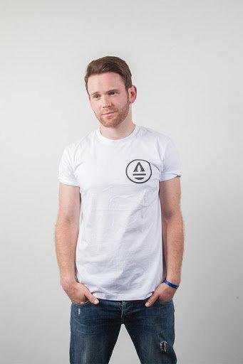 Classic Mens white T-shirt