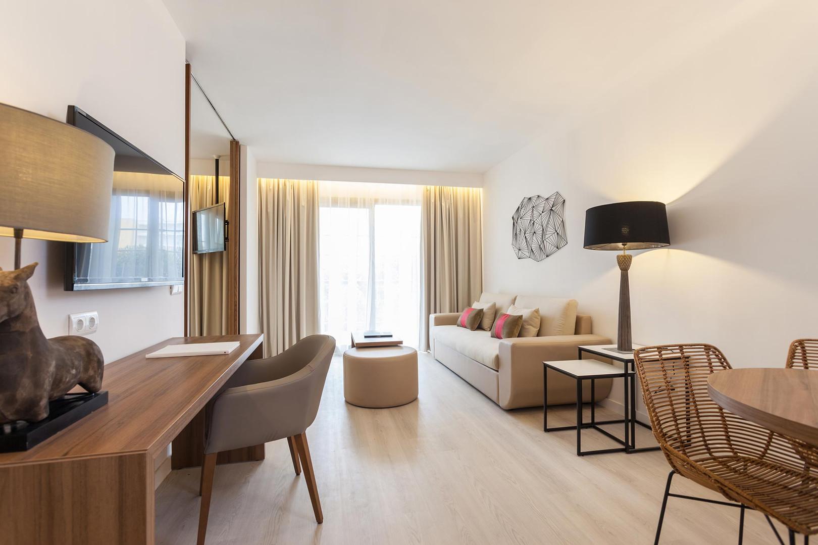 zafiro-penthouse-suite---zafiro-palace-a