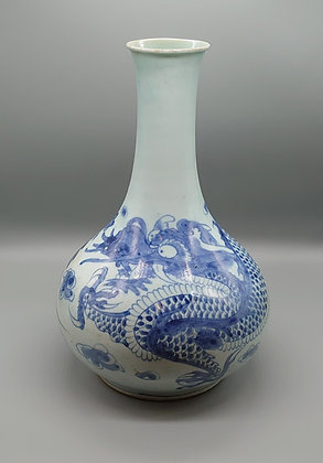 李朝染付龍図花瓶