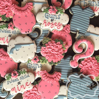 I loved this gender reveal theme! ._Cutt