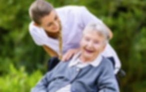 Пропонуємо роботу доглядальниці та медсестри