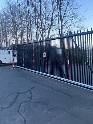 gate2.jpg