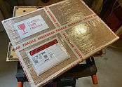 Packing and worldwide shipping of artworks