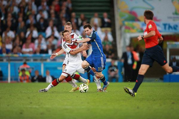 Messi x Özill