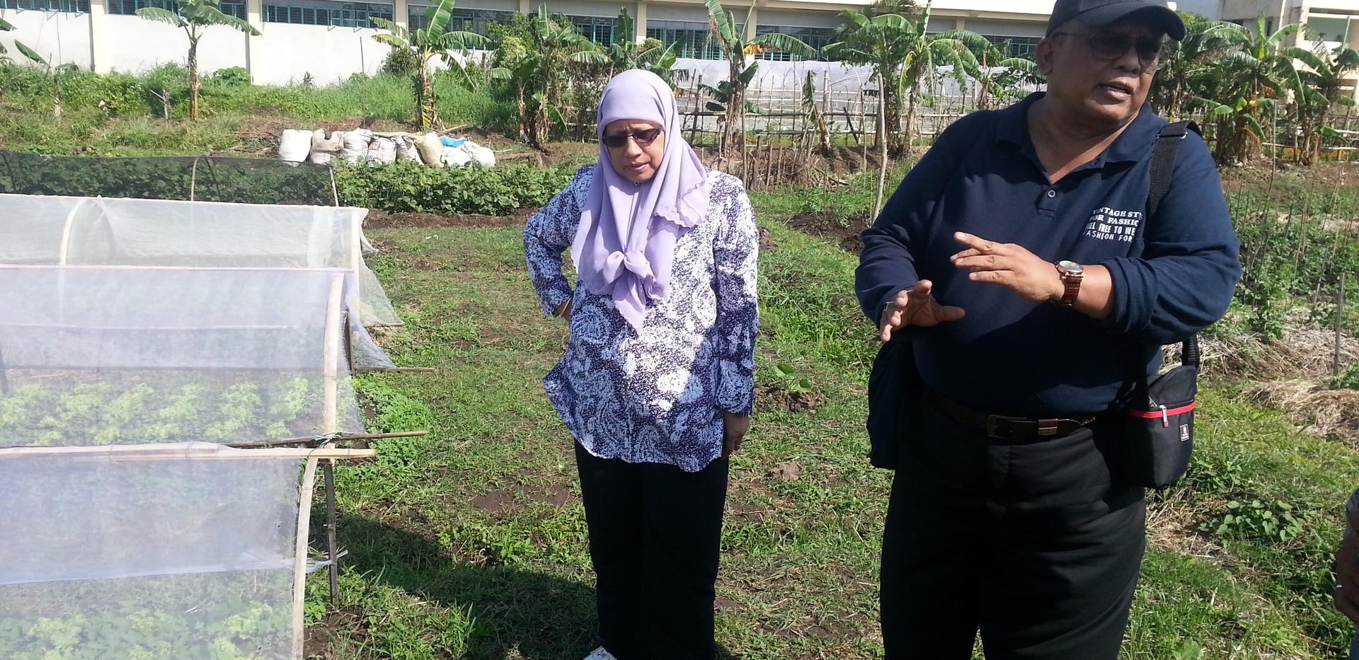 Naga 20 Aminah and  Iswandi.jpg