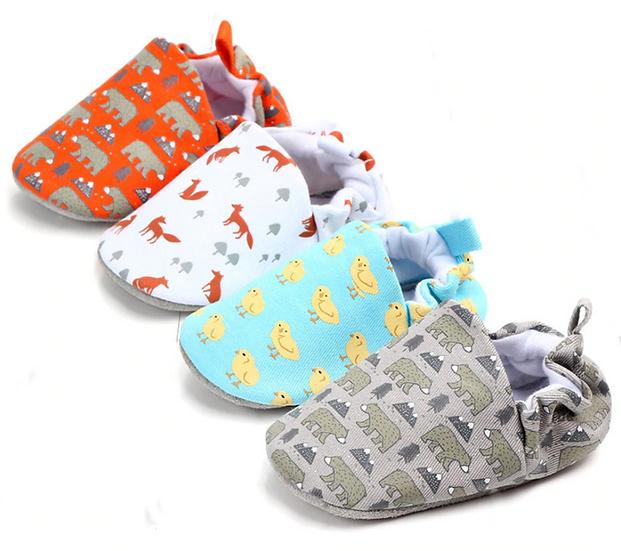 מארז 3 זוגות נעלי בד מצוירות לבייבי