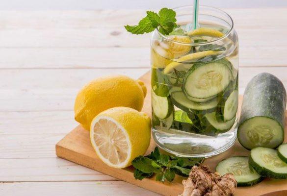 Mon eau détox facile et rapide: concombre, gingembre et citron
