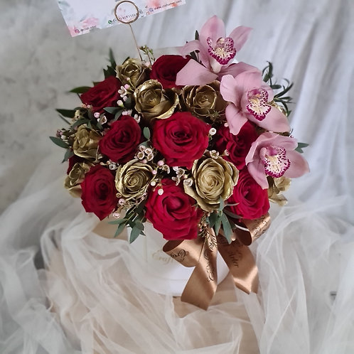 Red Gold Roses w/ Cymbidium in D15