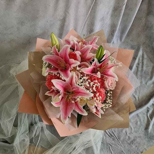 20 roses+ pink lily+carnation+Babys