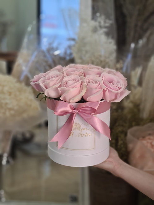 Cute Size Classical Roses