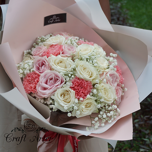 The Baby Pink (pink roses and carnation)