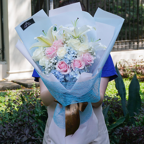 (PO in D-3) Blue Theme Bouquet w/ 2 tone roses & white Lilies