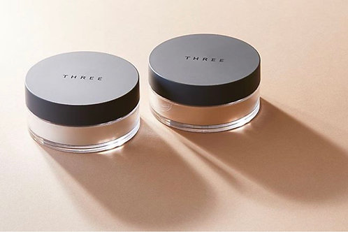 THREE ULTIMATE DIAPHANOUS LOOSE POWDER 凝光蜜粉