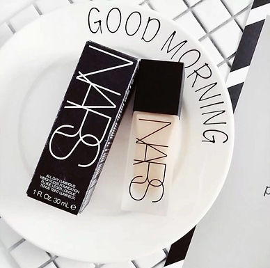 NARS ALL DAY LUMINOUS WEIGHTLESS FOUNDATION 全日透亮無重輕盈粉底