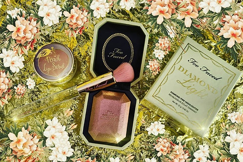 Too Faced Canary Diamond Light Highlighter 鑽石高光粉盒