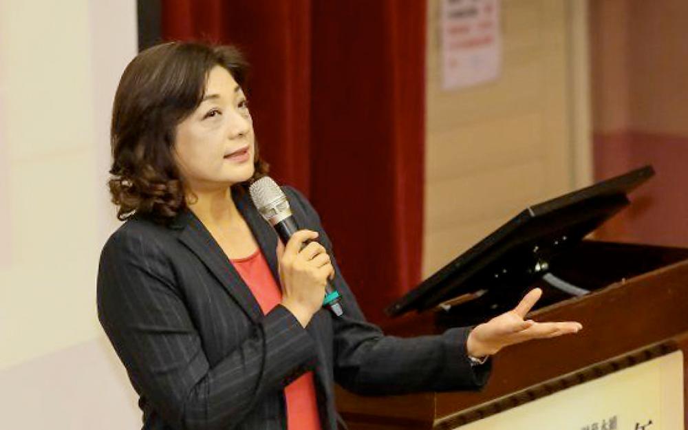 王儷玲教授與年金改革辦公室討論,推動「行政法人化」──總統府年金辦公室