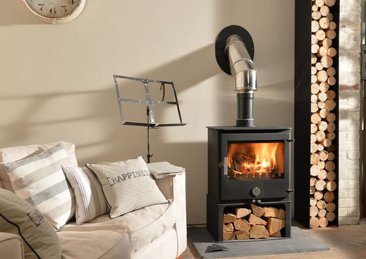 stove-with-flue-installed-through-wall.j