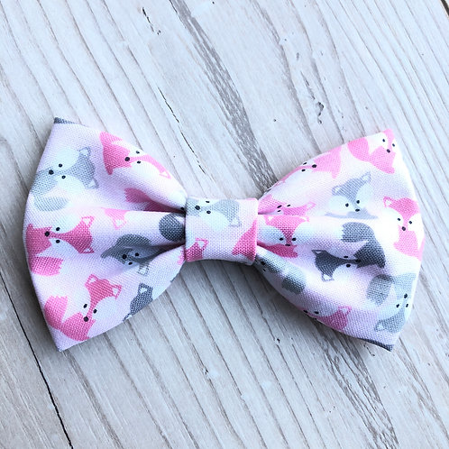 Grey and Pink Foxes Bow Tie