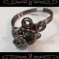 Vampire's Kiss Ring