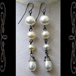 Victorian Pearls Earrings
