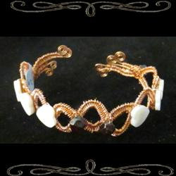 Heart of Elegance Cuff