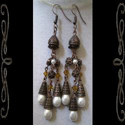 Lady of Akkadia Earrings