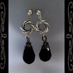 Noir Drops Earrings