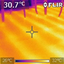 Even heat distribution with undefloor heating system