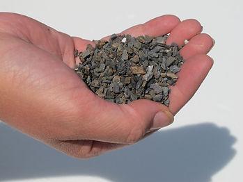 handful of kiln baked dry levelling slate