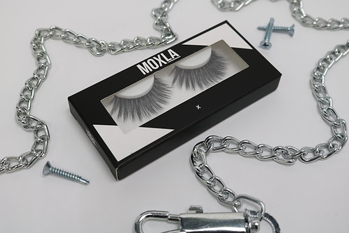 MOXLA LASHES - X